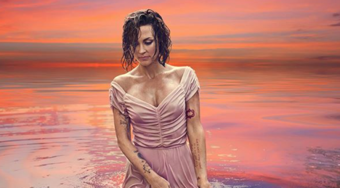 """""""Listen with an Open Heart…"""": Amanda Shires and Jason Isbell Share """"The Problem,"""" Reflecting on Reproductive Rights"""